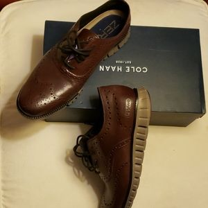 Brand new COLE HAAN zero grand shoe